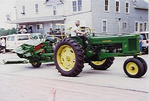 John Deere 50 with John Deere PTO Grain Binder